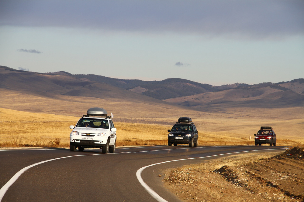 автомобили Niva на трассе