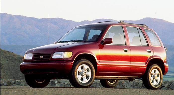 Первое поколение Kia Sportage