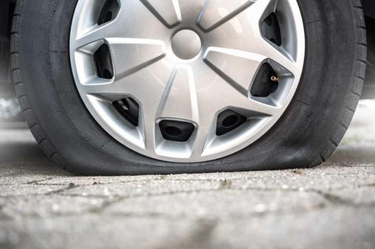 Спущенные колеса
